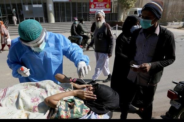 more than 5 000 cases of covid 19 in pakistan in a day