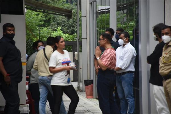 the shooting of aamir khan s lal singh chadha has resumed kareena kapoor