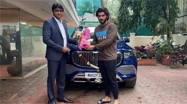 arjun kapoor new car