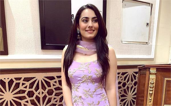 song released in the voice of late raj brar  featuring daughter saweetaj brar
