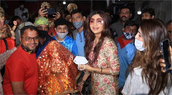 ganesh chaturthi 2021  shilpa shetty celebrates festival