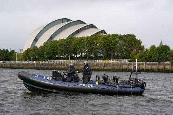 scotland  police divers launch search operation