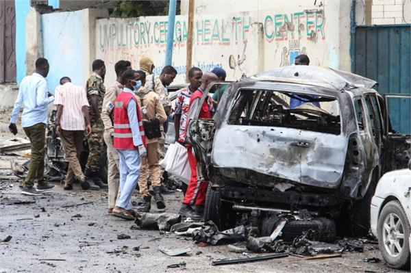 8 people killed and 9others injured in a bomb blast somalia
